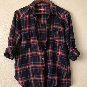 Hollister Co Women's long sleeve button down shirt